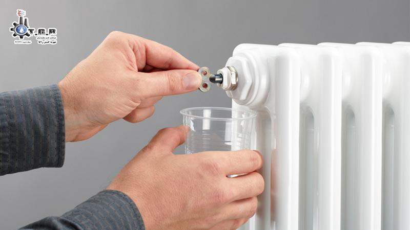 جلوگیری از ریزش آب داخل شوفاژ یکی از مراحل آموزش هواگیری شوفاژ